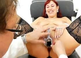 Kinky checking for her creamy vag