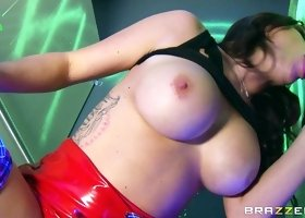 Busty milf feels amazing in hardcore