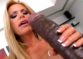 Gitta Szoke flirts with gigantic dildo