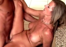 Godlike yellow-haired mom Jodi West is blowing a cock