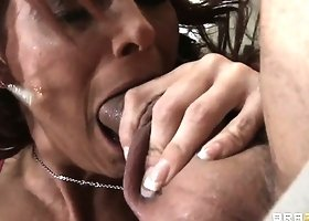 Crazy milf Syren DeMer finishes her dick-stroking journey with fiery blowjob
