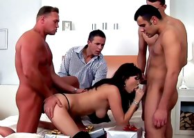 Perverted Asian Aisha Sun fucks with a gang of guys