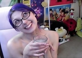 nerdy goth girl shaves armpits dirtytalk (taboo/fetish)